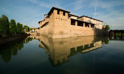 Elena Percivaldi a Pagazzano per parlare dei castelli lombardi