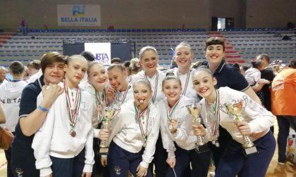 Successo europeo per le atlete del twirling di Pandino FOTO