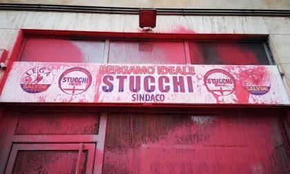 Arriva Salvini: vandalizzata la sede elettorale della Lega a Bergamo