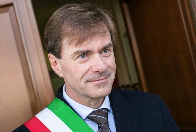 L'ex sindaco Dimitri Bugini