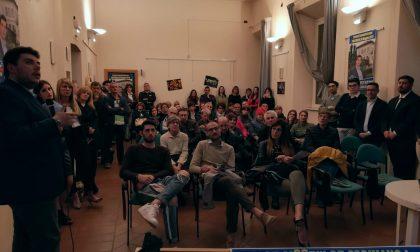 Alessandro Vigentini in campo, presenta lista e programma