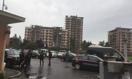 Blitz dei carabinieri a Zingonia Quattro Torri al setaccio FOTO