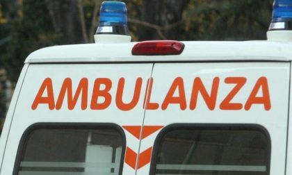 Incidente in sorpasso, grave motociclista 25enne