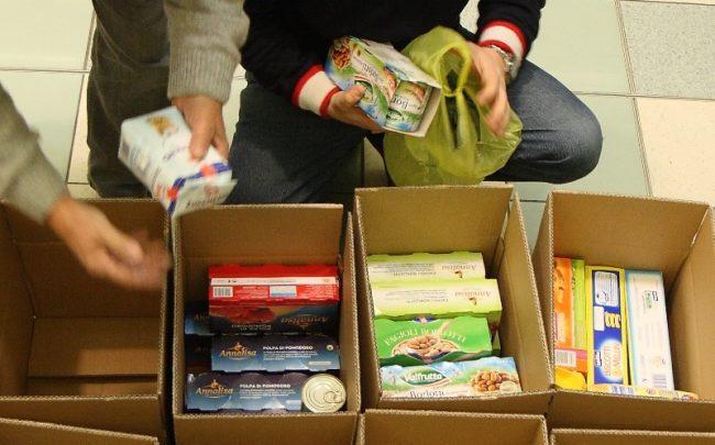 Caritas e Conad aiutano i bisognosi, sabato c&#8217&#x3B;è la Colletta Alimentare