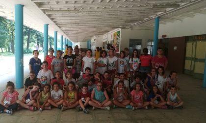 I giovani dell'oratorio don Bosco immersi nella natura dell'Isola Borromeo