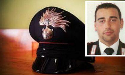 """Commosso addio al carabiniere investito e ucciso. La figlia: """"Ti hanno strappato via da me"""""""