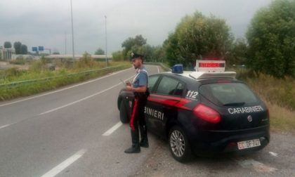 Pensionata 87enne contromano sulla Paullese causa incidente, patente ritirata