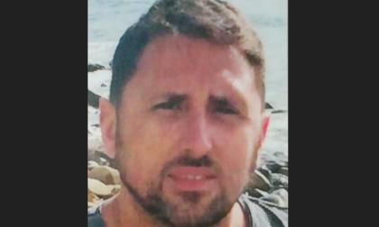 Padre di famiglia ucciso dal cancro a 44 anni dona le cornee