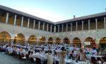 Folla alla cena in bianco della consulta dei Giovani di Pandino