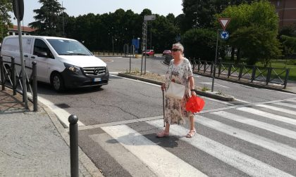 Anziana disabile insultata perchè troppo lenta
