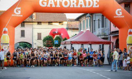 """Oltre 300 runners alla seconda """"Castello in notturna"""" FOTO"""