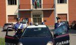 Minaccia di gettarsi dal secondo piano, salvato dai carabinieri