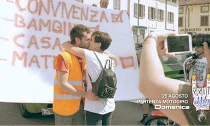 Proposta di matrimonio alla Festa Bikers, romantica sorpresa al Motogiro 2019  VIDEO