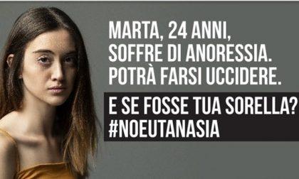 Campagna choc anti eutanasia, da oggi anche a Bergamo