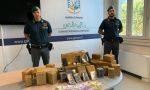 Nell'auto abbandonata 35 chili di hashish: arrestato martinenghese a Urgnano