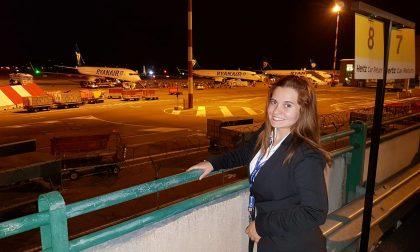 Gaia Asperti, la giovanissima hostess che sogna di diventare pilota