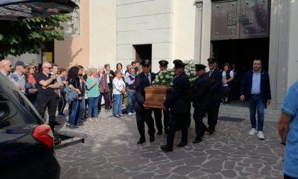 Rombo di motori per l'addio al motociclista morto in un incidente venerdì FOTO