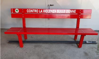 Panchine rosse e parcheggi rosa: così Bariano dice no alla violenza sulle donne