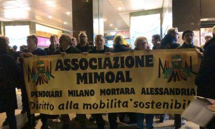 #adessobasta, a Cadorna la protesta dei pendolari e oggi ancora ritardi