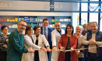 Taglio del nastro per la nuova sede della Farmacia comunale