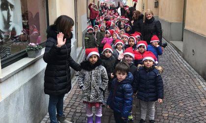 I bimbi del Cerchio Magico dal sindaco per augurare Buon Natale FOTO