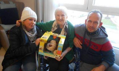 Le lettere di Natale degli anziani e la solidarietà dal web all'Rsa CasaMia