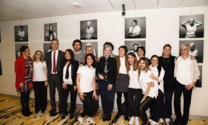 """""""Io non ho paura"""" a Palazzo Pirelli una mostra dedicata alle donne che lottano contro il cancro FOTO"""