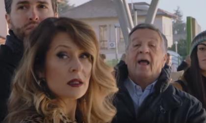 """Spot Trenord con Pozzetto: """"Il treno è sempre il treno"""" ma i pentastellati insorgono VIDEO"""