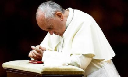 """Il Papa chiama il vescovo di Bergamo: """"Prego per voi"""""""