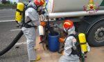 Autocisterna perde idrocarburi sulla A4, Vigili del fuoco sul posto