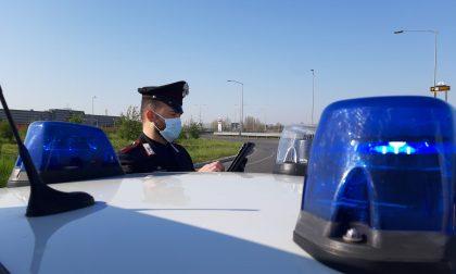 Spacciatore beccato con droga e contanti, arrestato