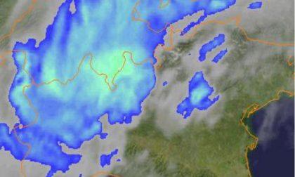 Su Milano in una notte la pioggia di un mese. E nel weekend ancora acqua