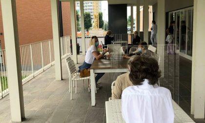 Visite tra ospiti e parenti in Rsa, resta attivo il divieto imposto dal Regione Lombardia