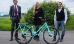 Federica Panicucci a Treviglio: anche lei si è comprata una bicicletta