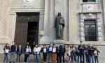 """A Bergamo è il """"Denuncia Day"""": """"Contiamo 16mila morti, le istituzioni si assumano la responsabilità"""" FOTO"""
