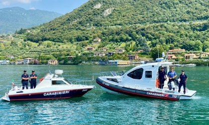 Carabinieri sul lago d'Iseo, imbarcazioni controllate e due sequestri