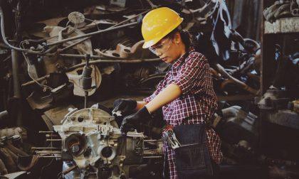 """Lavoro, nel 2020 a Bergamo scende la disoccupazione (ma non è una buona notizia). Ci """"salvano"""" le donne"""