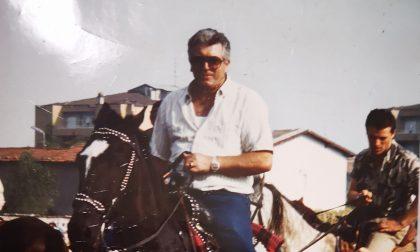 Addio a Dante Brevi, l'ultimo viaggio in carrozza insieme ai suoi amati cavalli