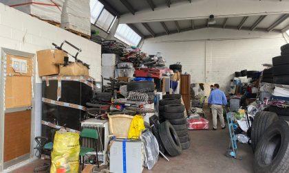 Lavoro nero e materiale pericoloso stoccato in magazzino, blitz in una ditta di Zingonia