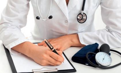 Mancano i medici: in Bergamasca 5 candidature per 77 posti liberi