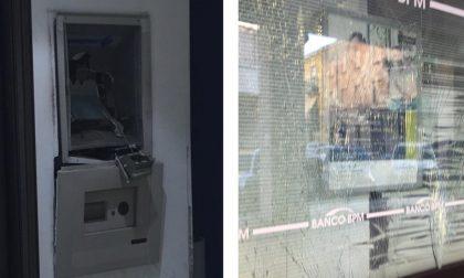 """La """"banda del botto"""" colpisce a Treviglio: salta in aria il bancomat FOTO"""