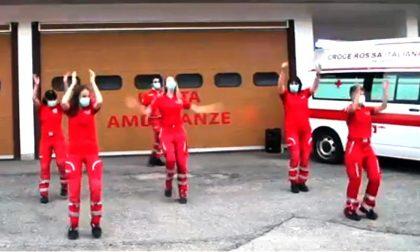 """I volontari della Croce Rossa ballano """"Jerusalema"""" VIDEO"""