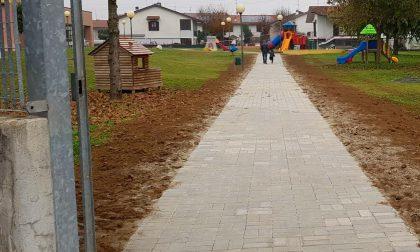 Asilo e asilo nido: terminato il nuovo vialetto d'accesso sul retro