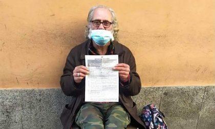 """Como, il paradosso: multato un senzatetto perché """"lontano da casa"""""""