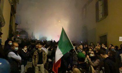 Scatta il lockdown, a Bergamo corteo di protesta fin sotto casa di Gori FOTO