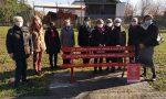 """A Verdello una panchina rossa per dire """"no"""" alla violenza sulle donne FOTO"""