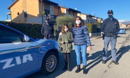 La letterina di Giada vola fino a Bergamo e i regali li porta la Polizia FOTO