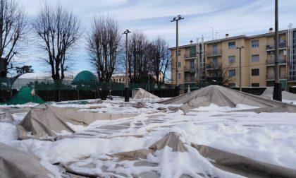 Tennis club Treviglio, la neve fa crollare tre tendoni FOTO