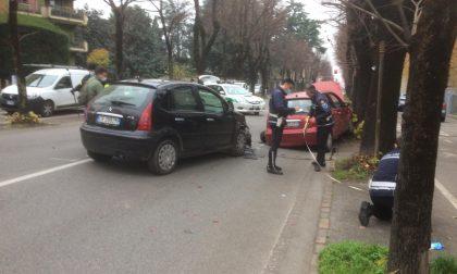 Schianto a Treviglio, due feriti in viale Piave