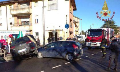 Schianto questa mattina a Cologno, due feriti sulla Cremasca FOTO